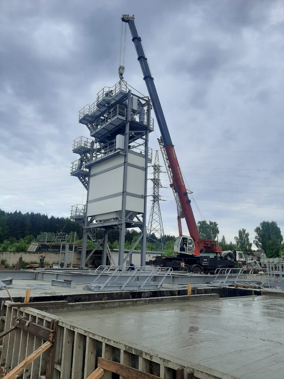 Аренда манипулятора 10 тонн в Москве